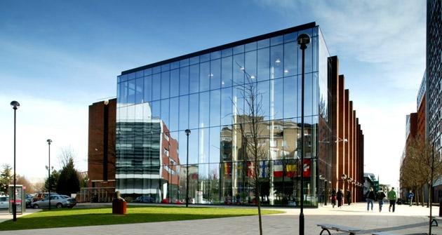 Aston-University-scholarship